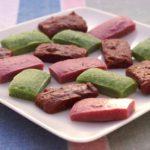 Trio de bouchées pistache, framboises, chocolat