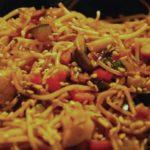 Nouilles chinoises au poulet et légumes croquants