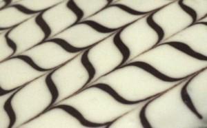 dessin glacage mille feuille 300x186 Parfait glaçage   Mille feuille crème de marrons et brisures de marrons glacés