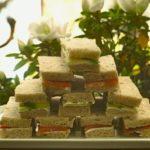sandwichs anglais saumon concombres 150x150 Apéro, tapas, verrines, entrées & cie