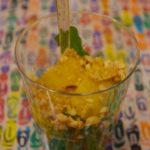 Salade de roquette, mangue et cacahuètes