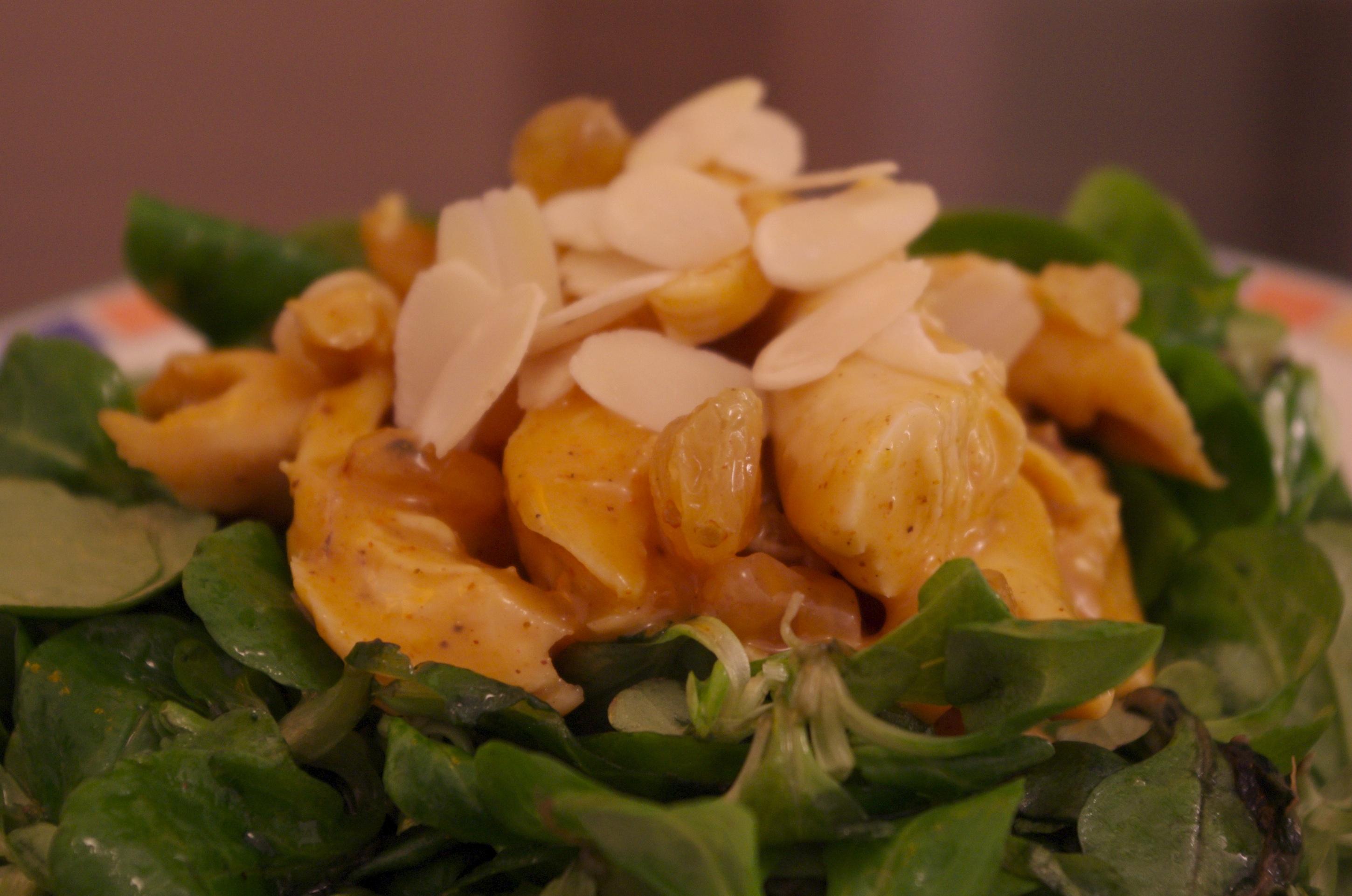 Coronation chicken (préparation au poulet, chutney de mangue et curry)