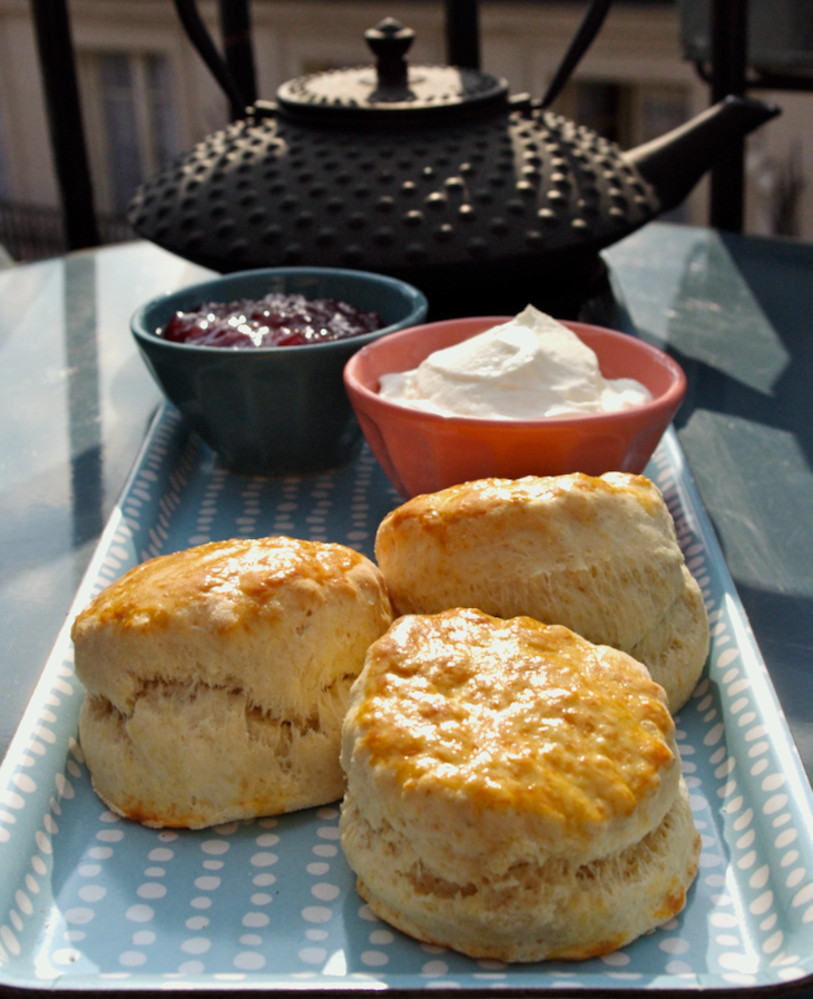 scones anglais teatime Royal wedding party   Scones & Crème Devonshire