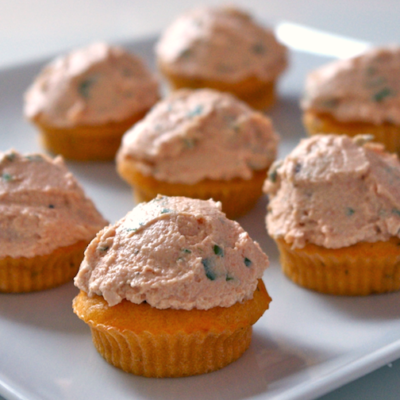 Cupcakes tout tomate & Îles flottantes au concombre et au chèvre