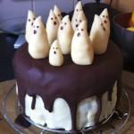 Gâteau-fantôme chocolat & pâte d'amande d'Halloween