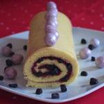 Bûche roulée chocolat blanc-réglisse-framboise