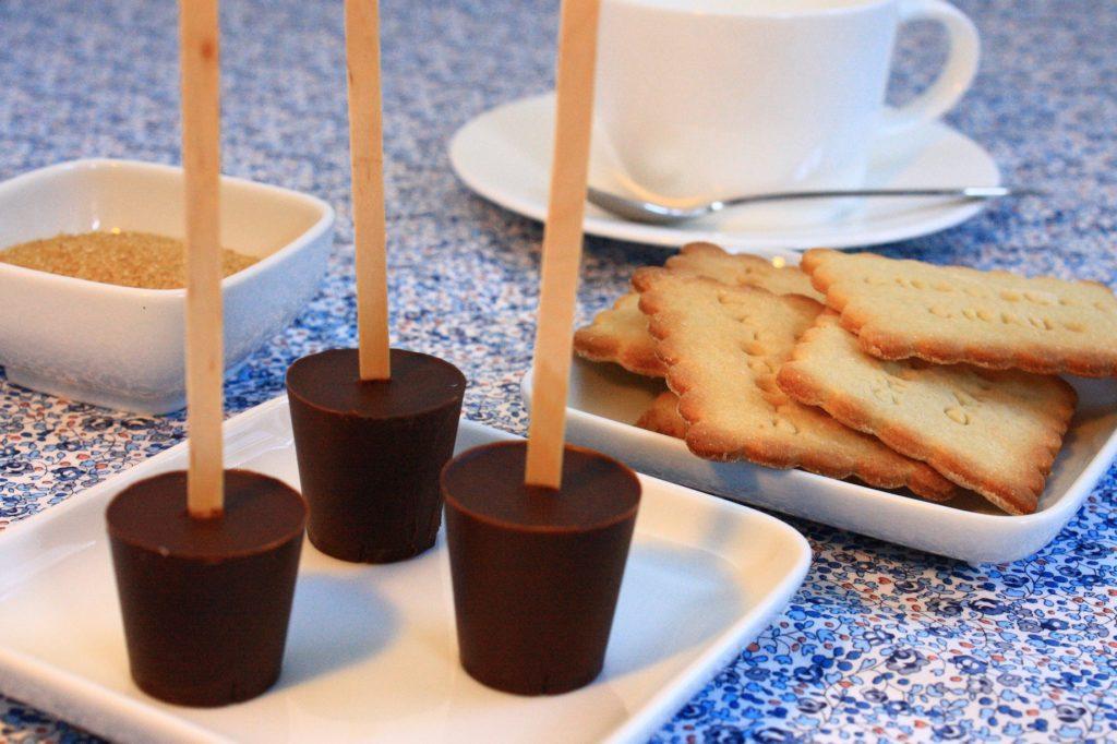 IMG 3381 1024x682 Calendrier de l'Avent des cadeaux gourmands 15 déc   Sucettes au chocolat à fondre