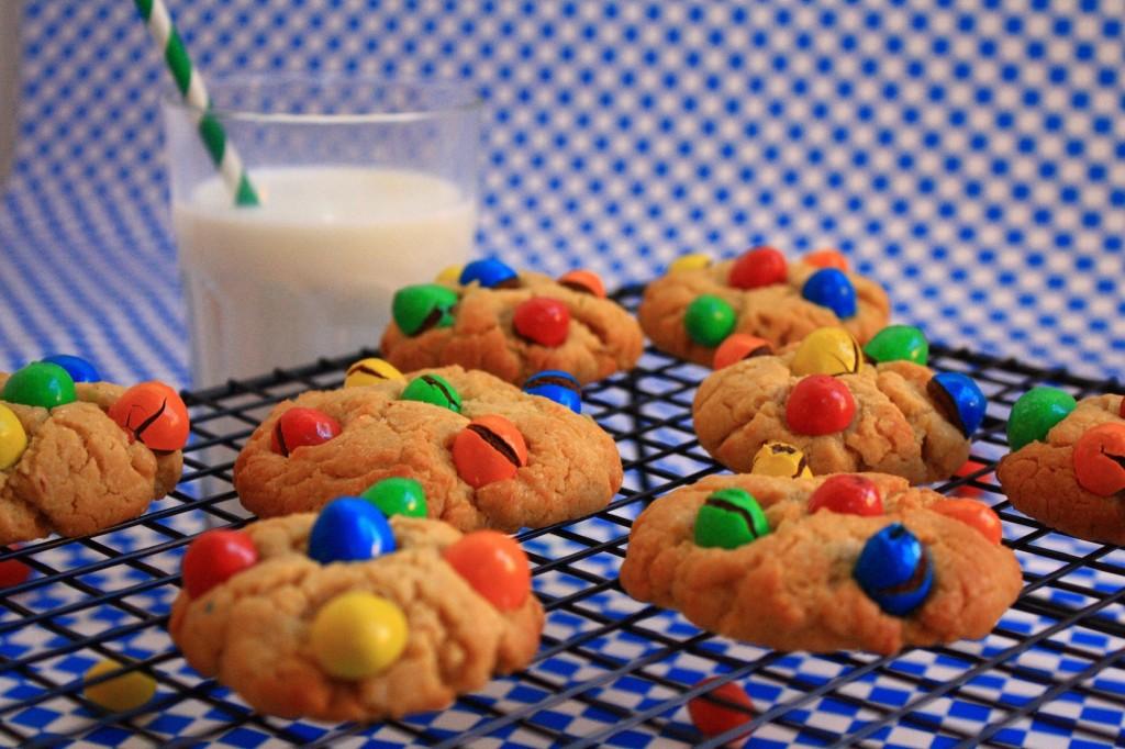 IMG 4133 1024x682 Fond dans la bouche, pas dans la main...   Cookies beurre de cacahuètes M&Ms