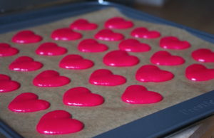 IMGP2379 300x194 Love is in the air #2   Macarons cœur à la réglisse