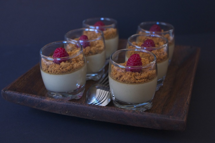 panna cotta réglisse Lakrids speculoos framboises