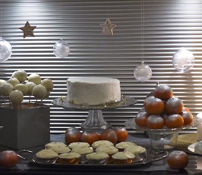 Sweet table or et argent de Noël