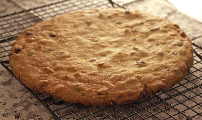cookie-geant-macadamia-chocolat-blanc