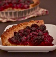 Tarte fruits rouges pate avoine macadamia