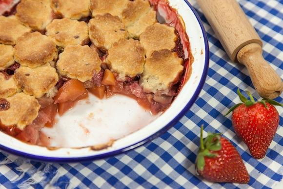 pandowdy fraise pomme rhubarbe