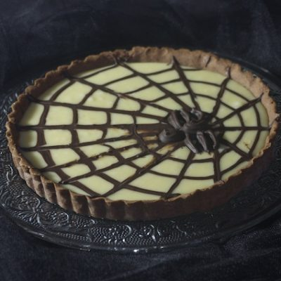 Tarte deux chocolats (déco toile d'araignée pour Halloween)