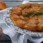 Tatin abricots, miel & romarin