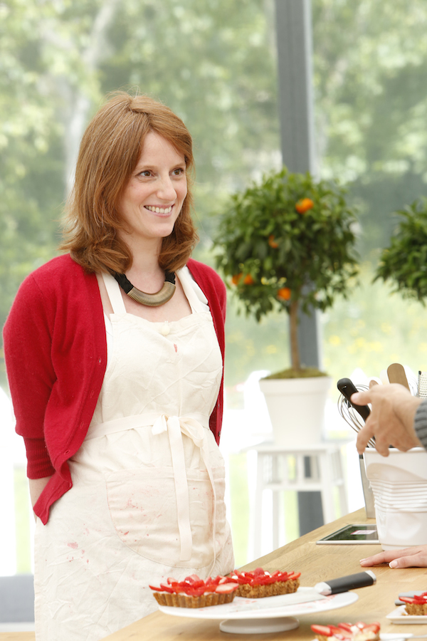 Anne Sophie Meilleur Patissier candidate enceinte Le Meilleur Pâtissier Semaine 4 – La tarte aux fraises