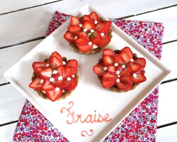 tartelettes-fraises-romarin-pate-avoine
