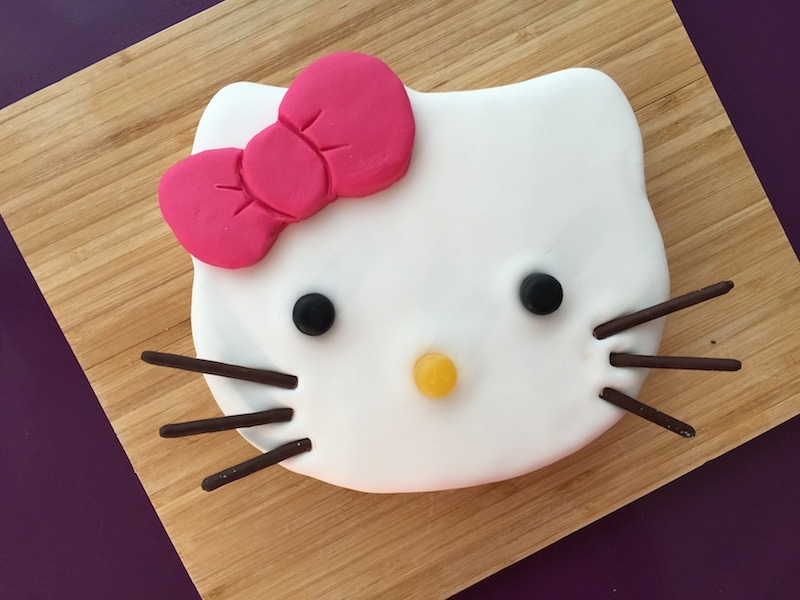 Decoration Gateau Anniversaire Hello Kitty : G teau hello kitty anne sophie fashion cooking
