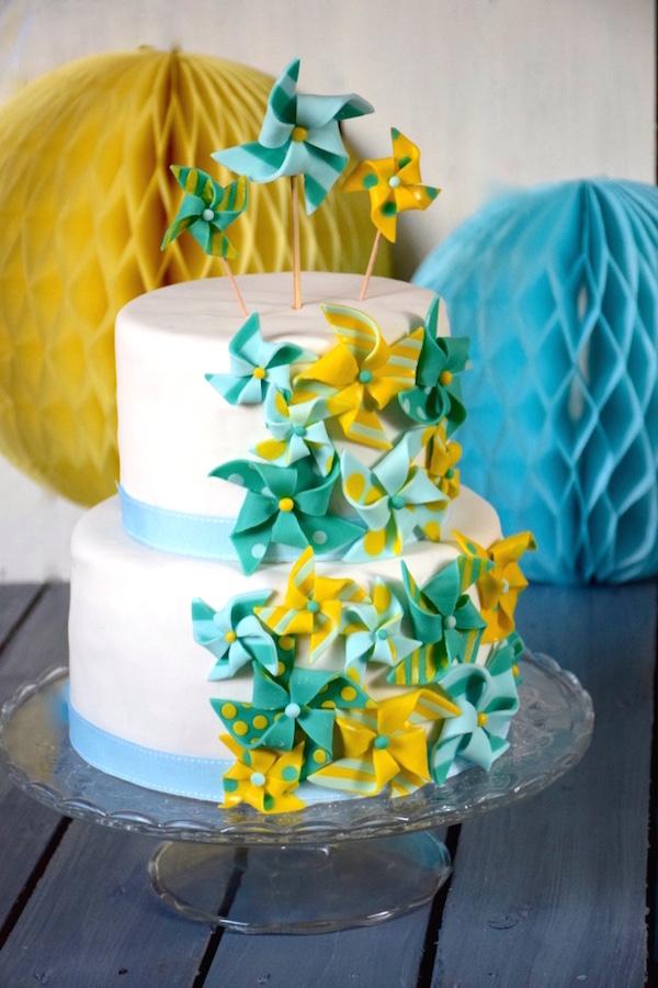 sugarpaste-pinwheels-cake