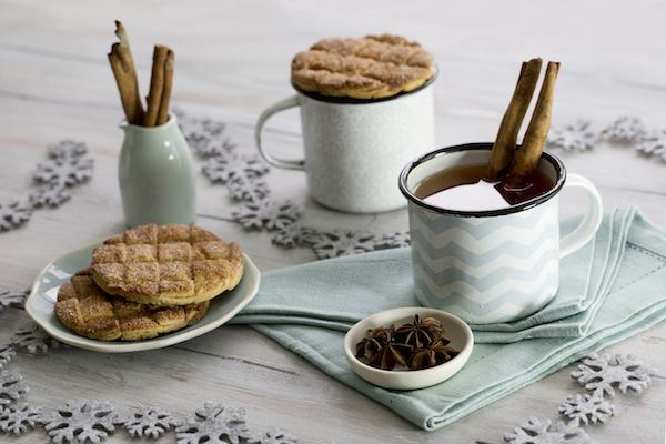 cidre-chaud-mug-toppers-entrelaces