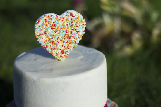 Heart sprinkles cake topper /Cake topper coeur