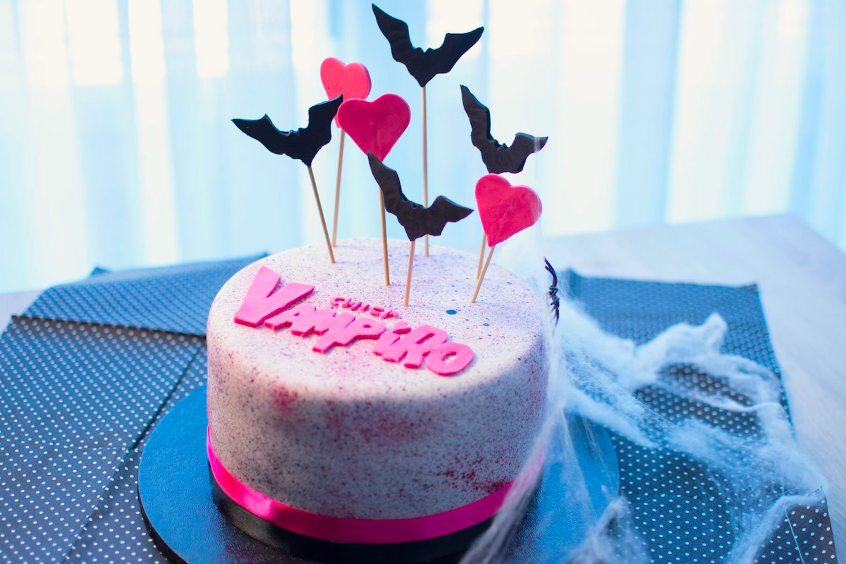 Chica Vampiro Cake Anne Sophie Fashion Cooking