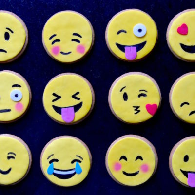 😍 😂 😜 😢 😚  – Biscuits Emojis / Emoticônes faciles