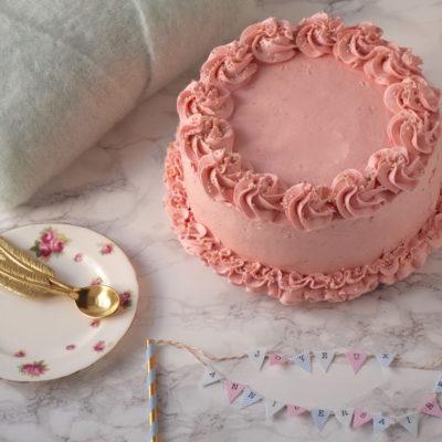 Gâteau rose – Gâteau vanille-framboise & buttercream meringue suisse