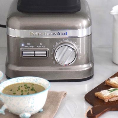 Mon avis sur le Superblender KitchenAid – Soupe crue asperges champignons