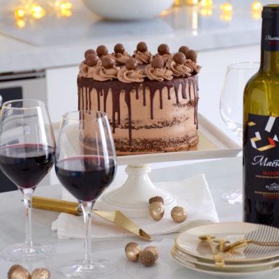 Alliage vin-chocolat – Layer cake tout chocolat de Noël