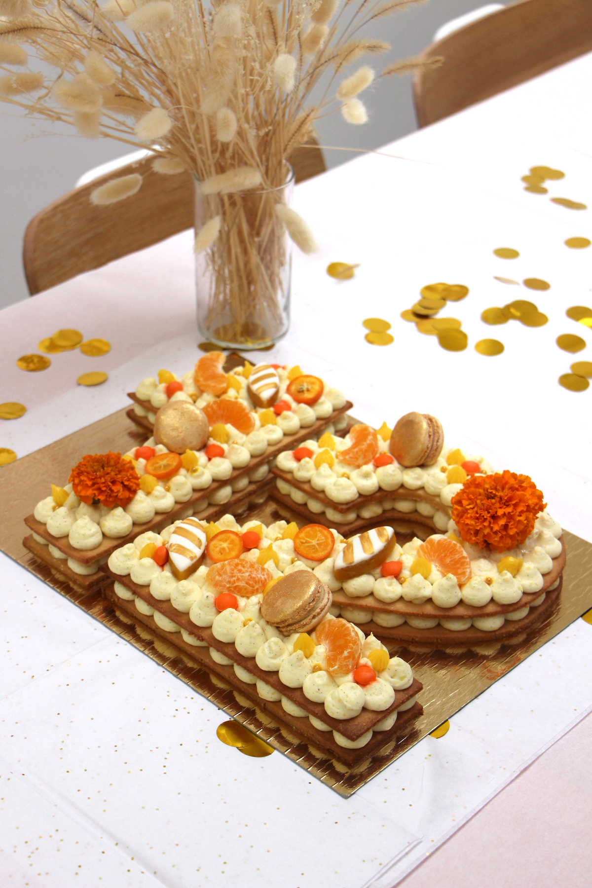 NUmber Cake vanille orange doré 12