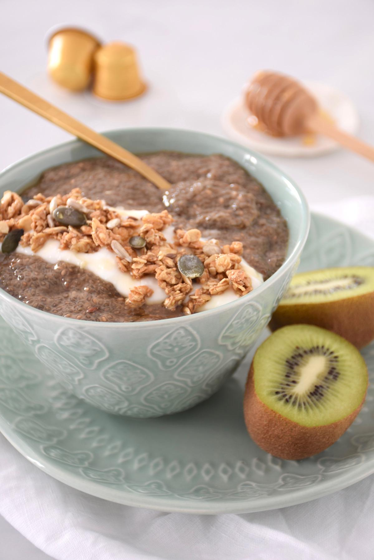 porridge de chia au café petit-déjeuner