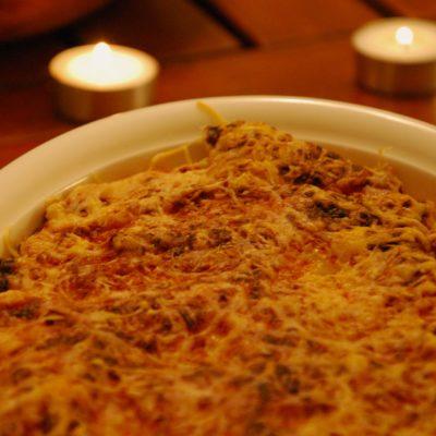 Lasagnes poireaux-saumon & salade fraises/kiwis
