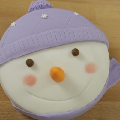 Gâteau bonhomme de neige [en vidéo super Fashion]