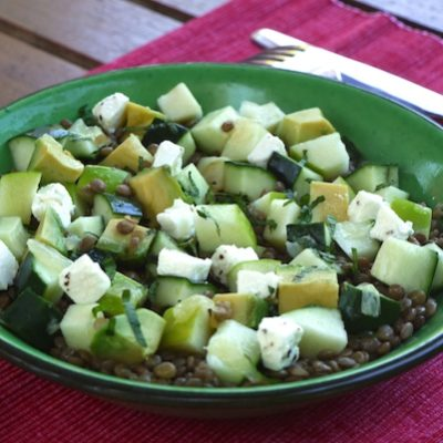 Salade de lentilles avocat, pomme, feta