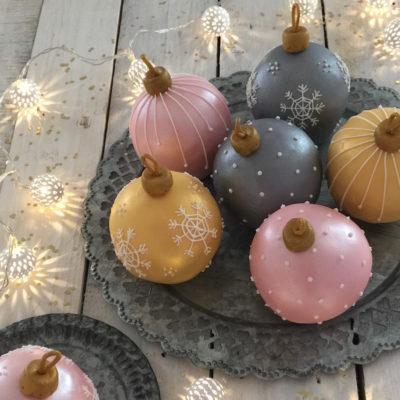 Gâteaux boules de Noël