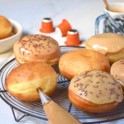 Un alliage parfait – Donuts au café