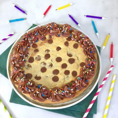 Facile et festif – Gâteau cookies d'anniversaire