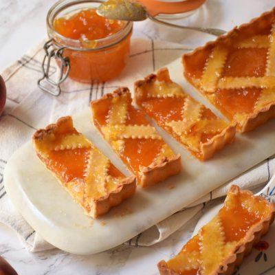 Les stocks de confiture – Linzer Torte à la confiture de pêche