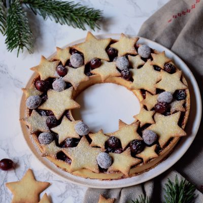 Tarte cranberries orange en couronne de Noël
