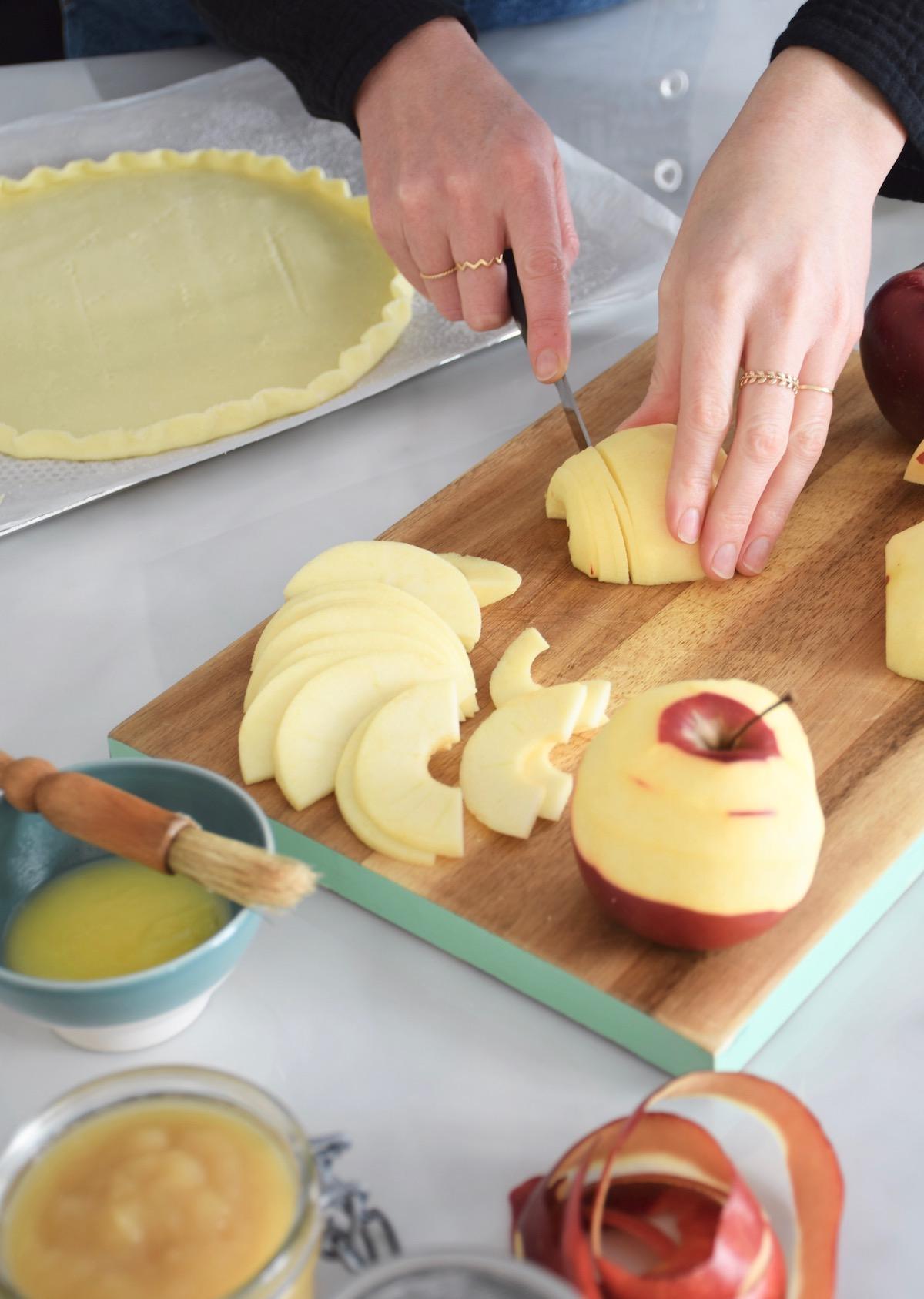 decoupe des pommes de haut en bas