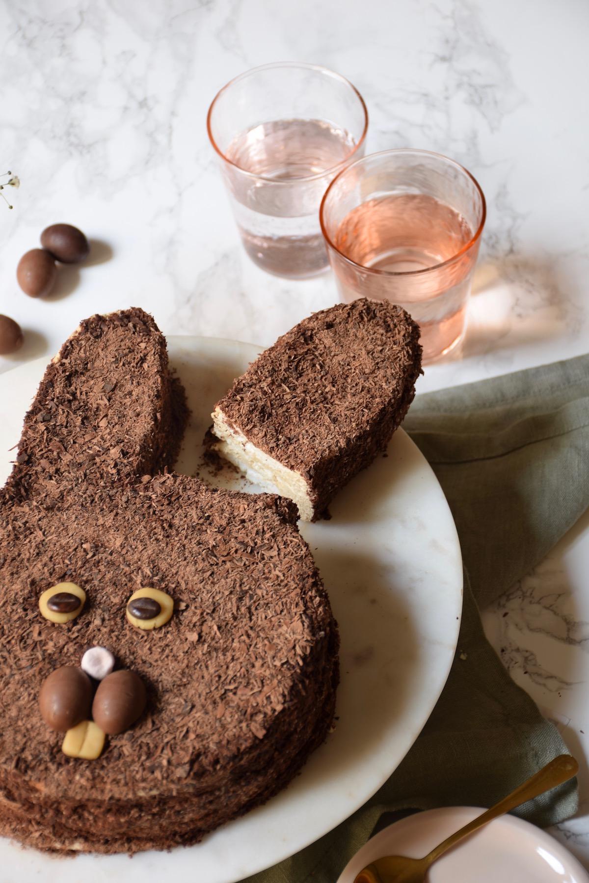 Gâteau merveilleux en forme de lapin