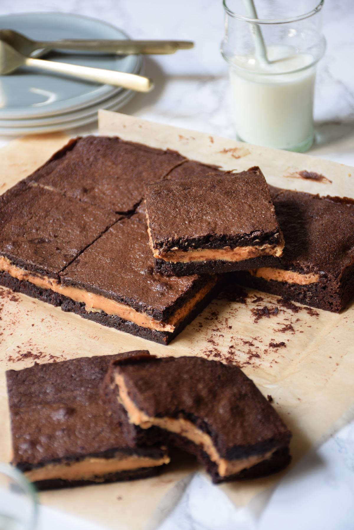 Brownies fourrés au beurre de cacahuètes