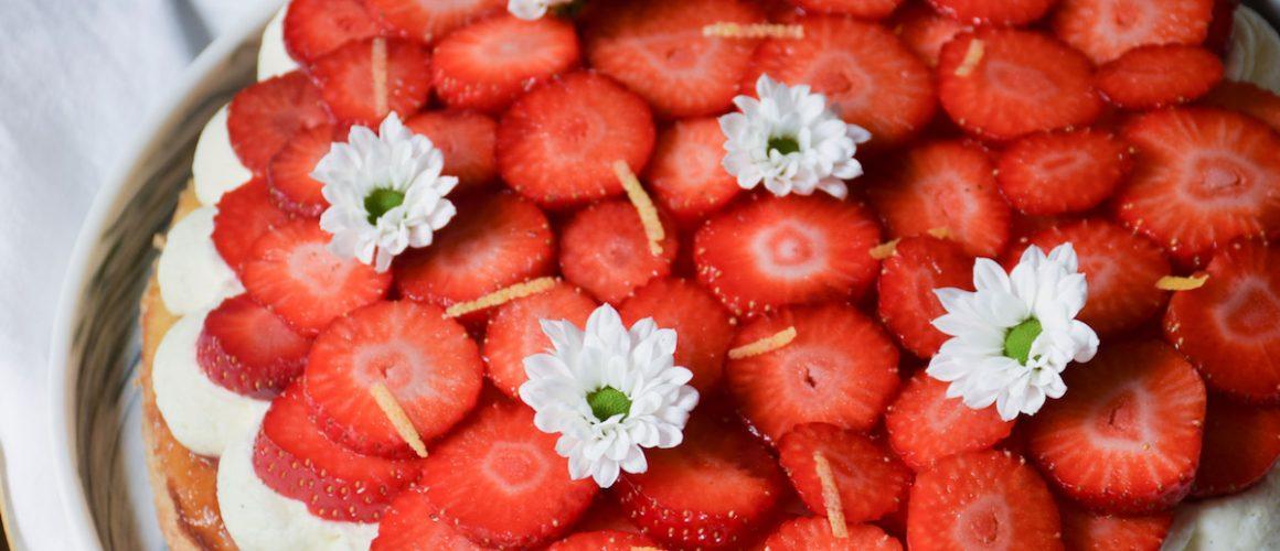 Câlin de fête des Mères – Tarte brioche aux fraises